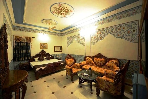 Arya Haveli, none, Arya Haveli