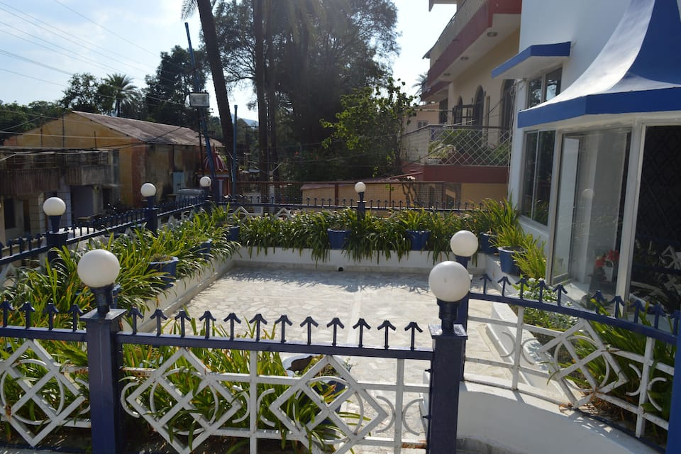 Hotel Summer Hill, Palanpur House Colony, Hotel Summer Hill