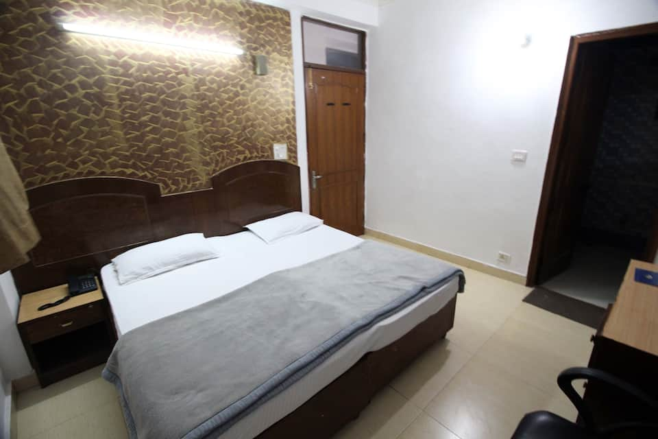 Hotel Paradise International, Mahipalpur, Hotel Paradise International