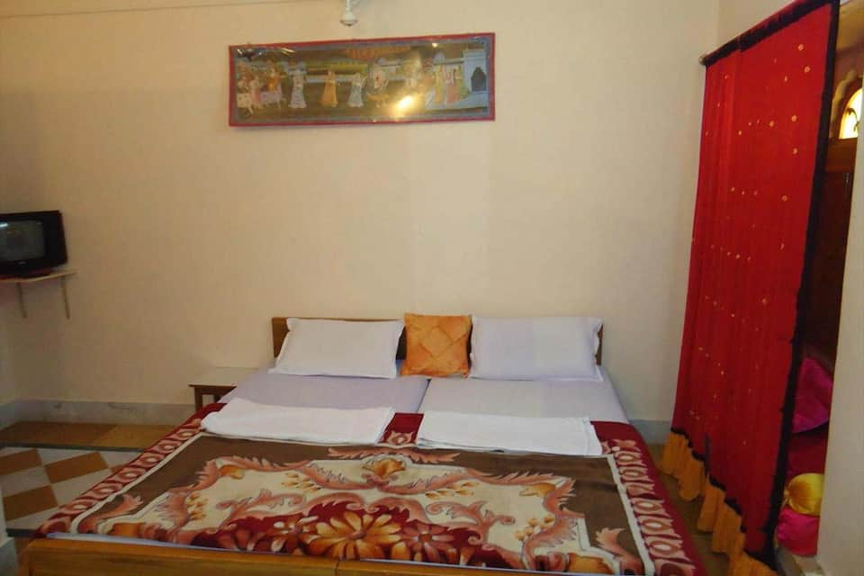 Ganesh Guest House, Inside Fort, TG Stays Inside Fort