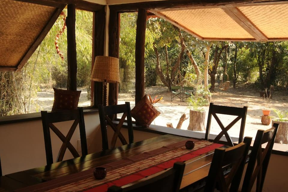 Bandhavgarh Jungle Lodge, Village Tala, Bandhavgarh Jungle Lodge