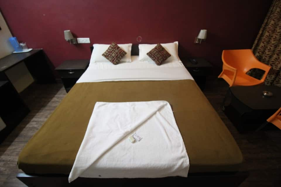 Maple Inn Budget Hotel, Hebbal, Maple Inn Budget Hotel