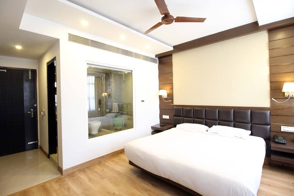 Hotel Metro Heights, Karol Bagh, Hotel Metro Heights