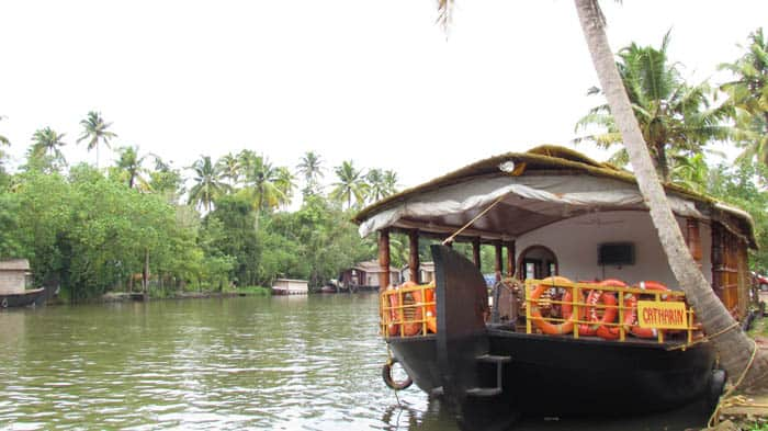 Backwater Retreat Houseboat, Thanneermukkom, Backwater Retreat Houseboat