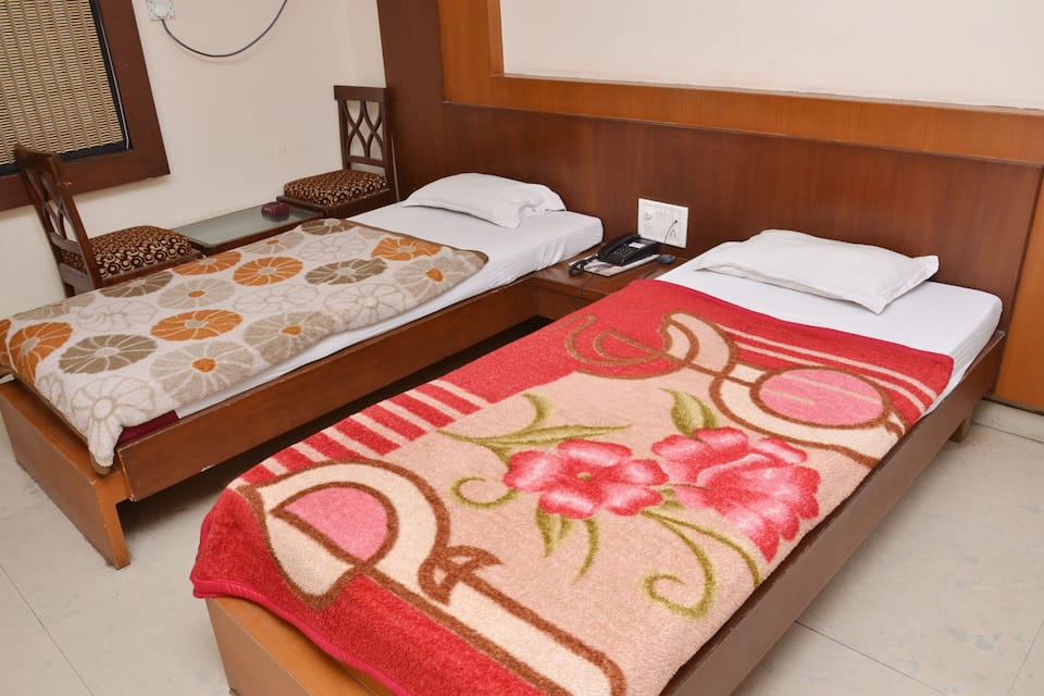Hotel Lords Inn, South Tukoganj, Hotel Lords Inn