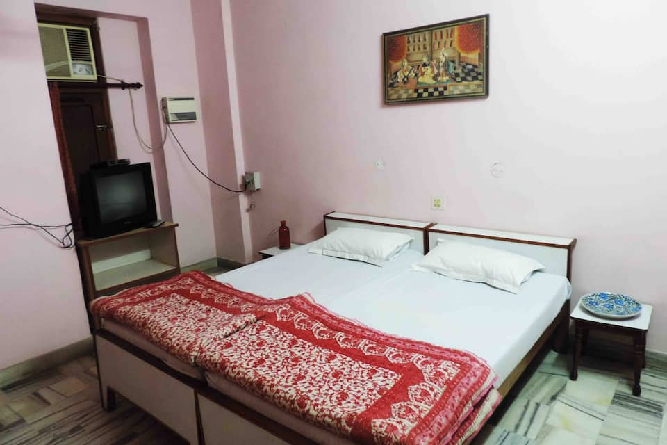 Hotel Rose Palace, Subhash Nagar, Hotel Rose Palace