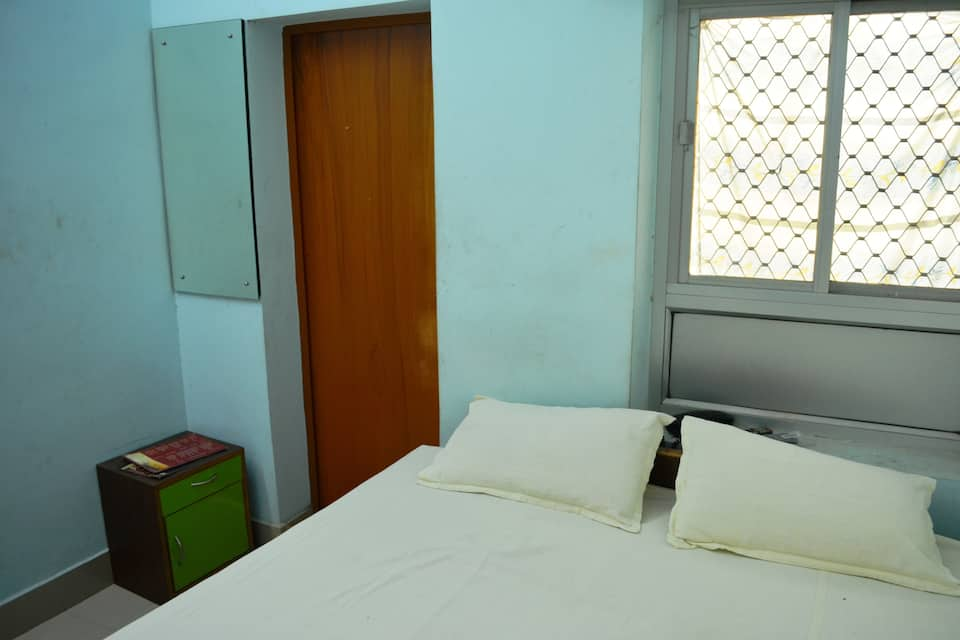 Seven Seas Paying Guest House, Shivala Ghat, Seven Seas Paying Guest House
