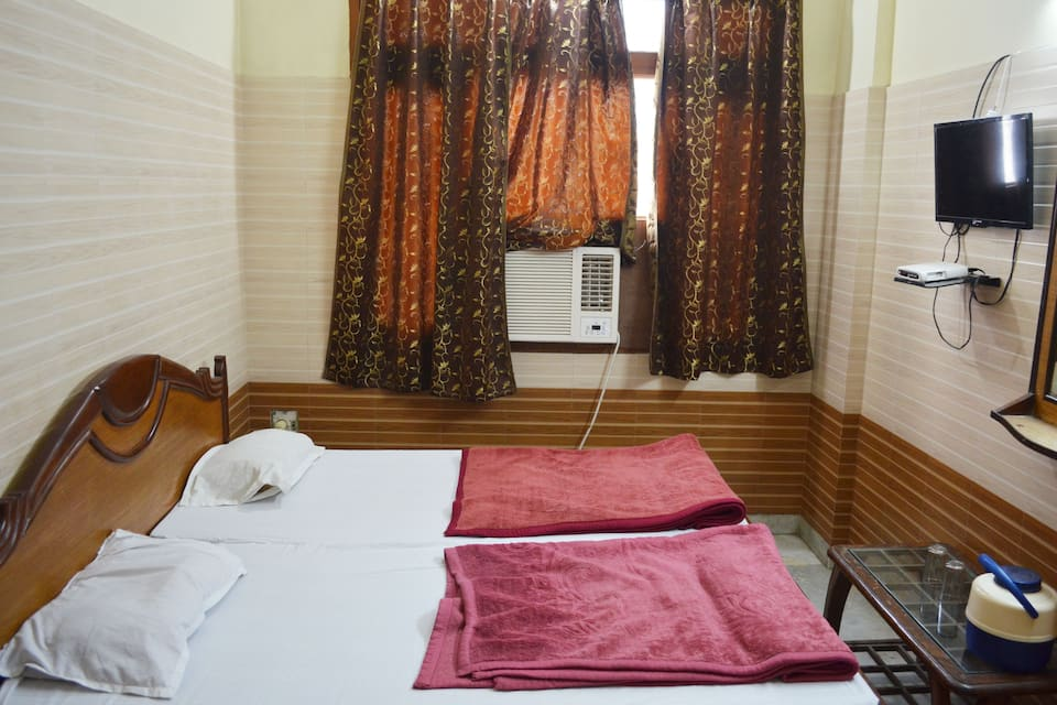 Hotel Gold Palace, Charbagh, Hotel Gold Palace