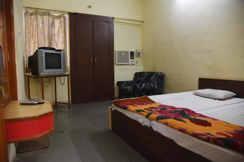 Hotel Shweta Lodging And Boarding, , Hotel Shweta Lodging And Boarding