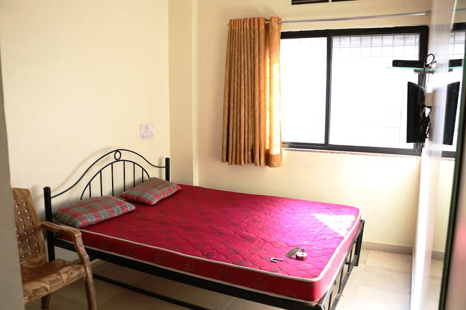 Nafees Guest House, Central Avenue Road, Nafees Guest House