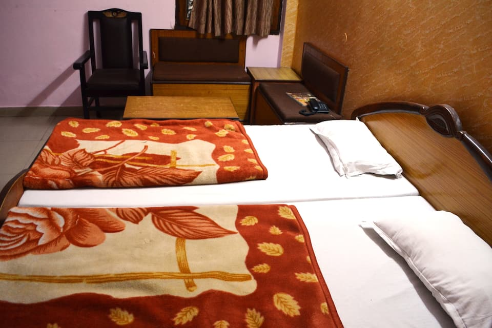 Hotel Star Palace, Charbagh, Hotel Star Palace