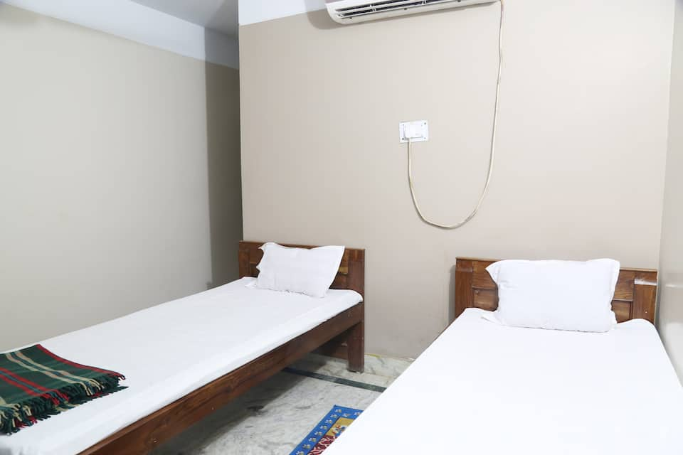 Hotel City Plaza, Gandhi Road, Hotel City Plaza