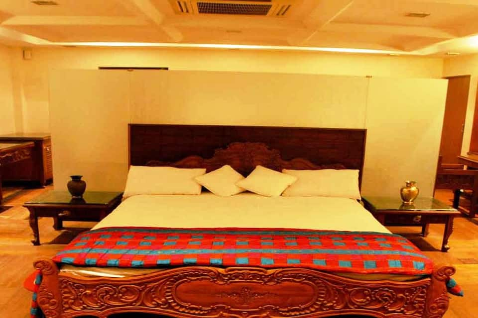 Jewelz6 Hotel, Koregaon Park, Jewelz6 Hotel