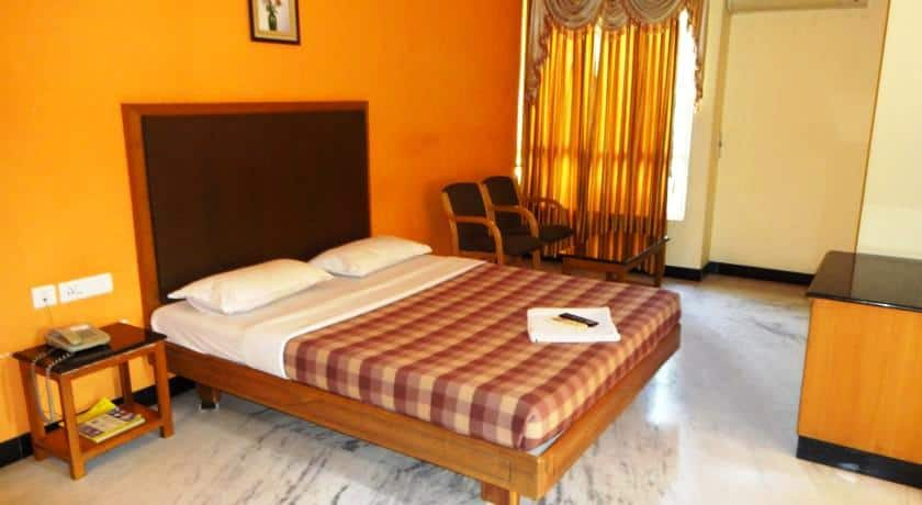 Hotel Grand Palace, Gandhipuram, Hotel Grand Palace