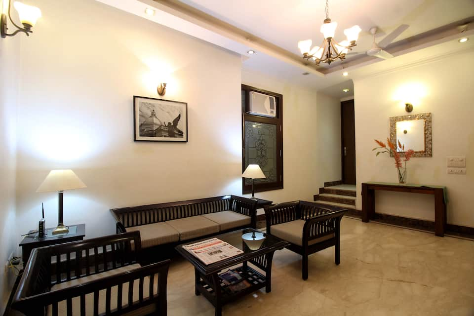 Evergreen Delhi, Defence Colony, Evergreen Delhi