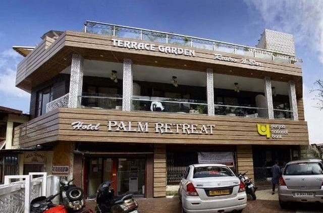 Hotel Palm Retreat, The Mall Road, Hotel Palm Retreat