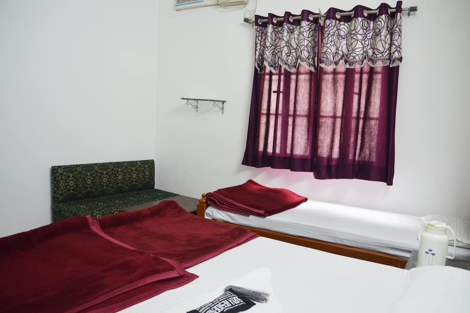Surya Residency Paying Guest House, Godowlia, Surya Residency Paying Guest House