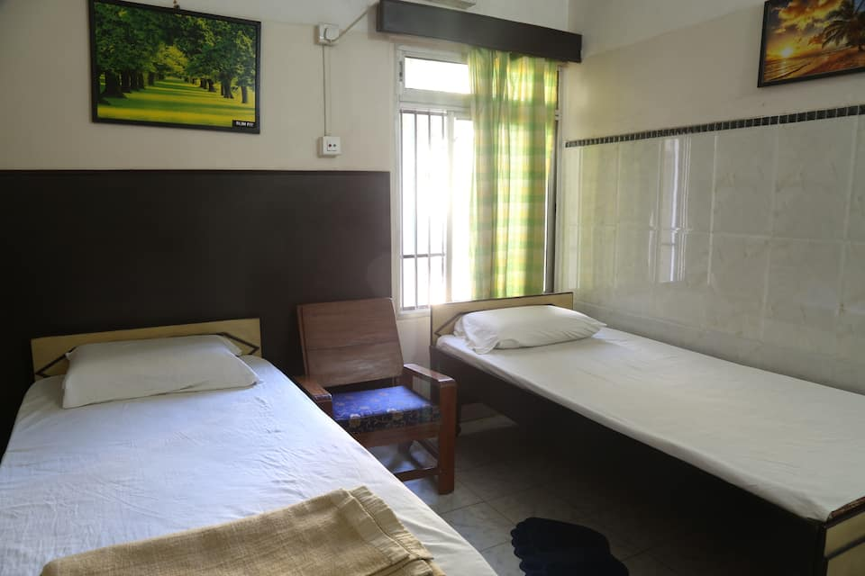 Hotel Madhuban Lodging, Paltan Bazar, Hotel Madhuban Lodging