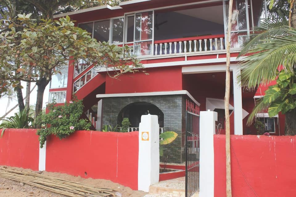 Fish Land Guest House, Colva Beach Road, TG Stays Colva Beach Road