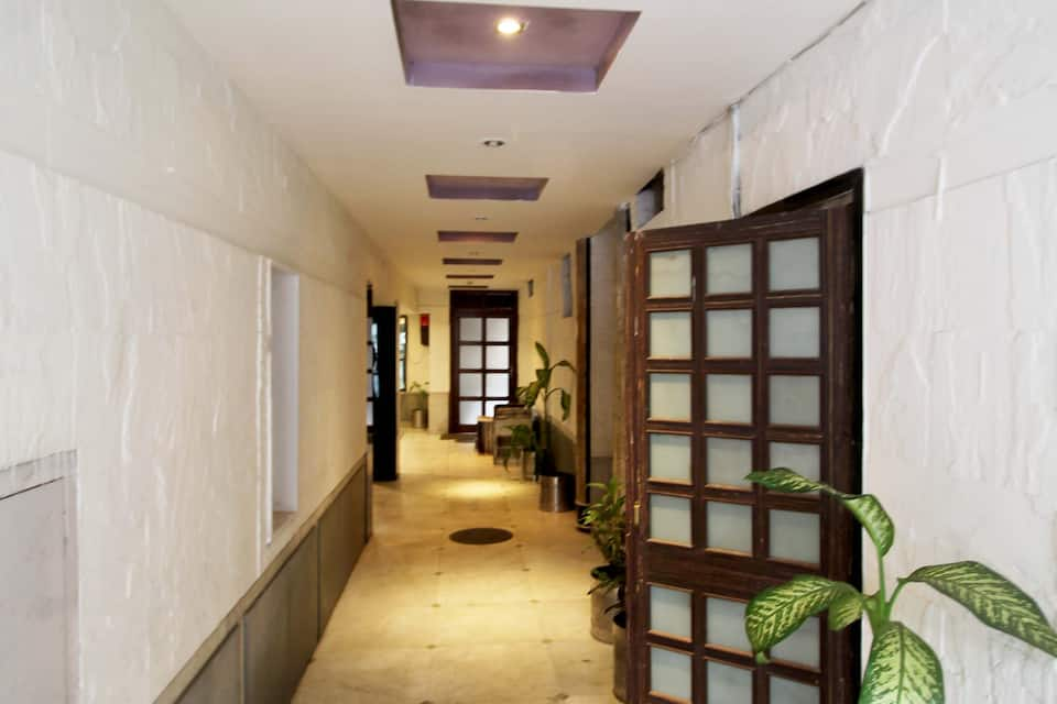 Hotel Victerrace, A J C Bose Road, Hotel Victerrace