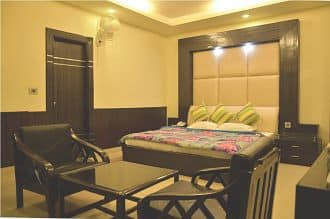 Hotel Rajpur Heights, Old Mussoorie Road, Hotel Rajpur Heights