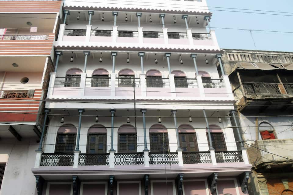 Silver Ganges Paying Guest House