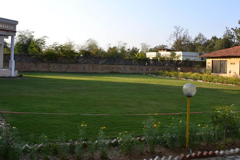 Kanha Meadows, Mukki Gate Road, Kanha Meadows