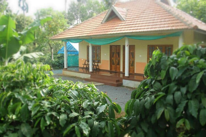 Holiday Home Kambalakkad, Kalpetta, TG Stays Inside a Coffee Plantation
