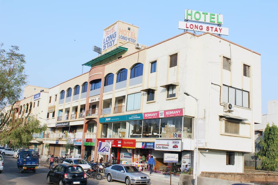 Hotel Long Stay, Sarkhej Gandhinagar Highway, Hotel Long Stay