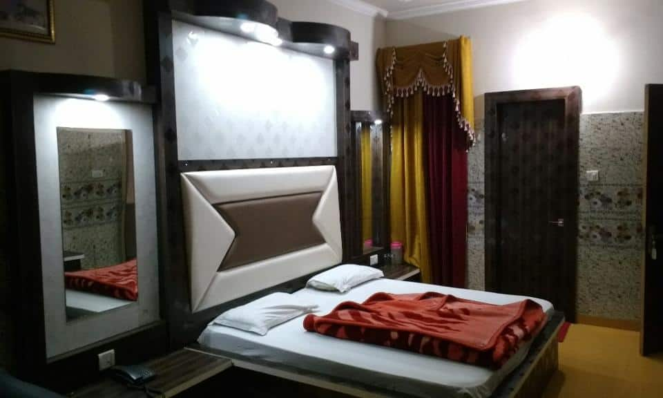 New Prakash Hotel, Chintamani, New Prakash Hotel