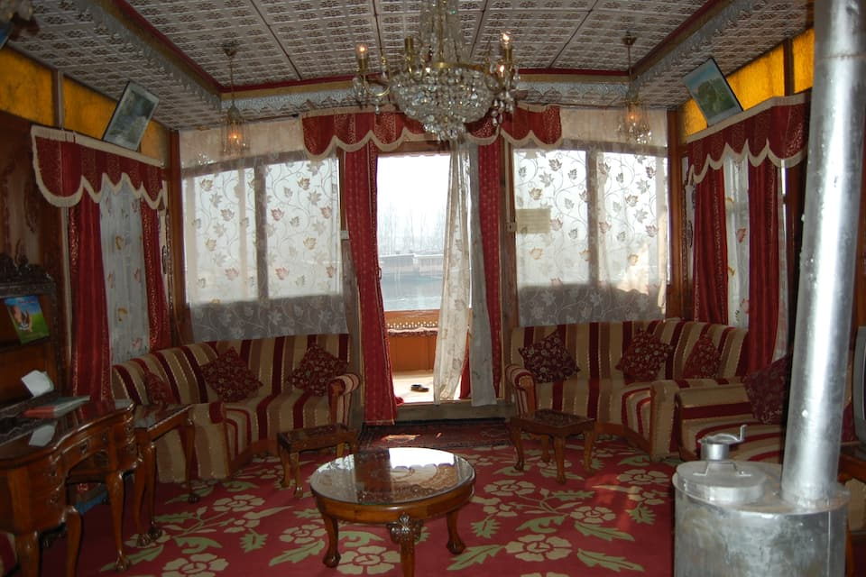 Plato Houseboat, Dal Lake, Plato Houseboat