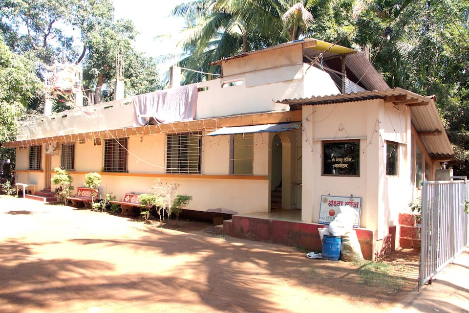 Om Shraddha Lodge
