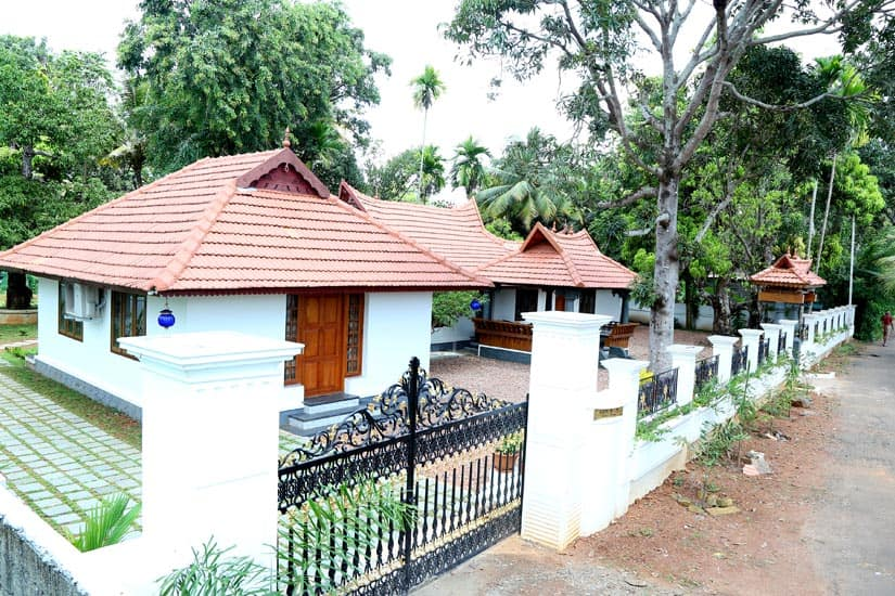 Gouri's Homestay, Nedumudi, TG Stays Pariyath Jetty