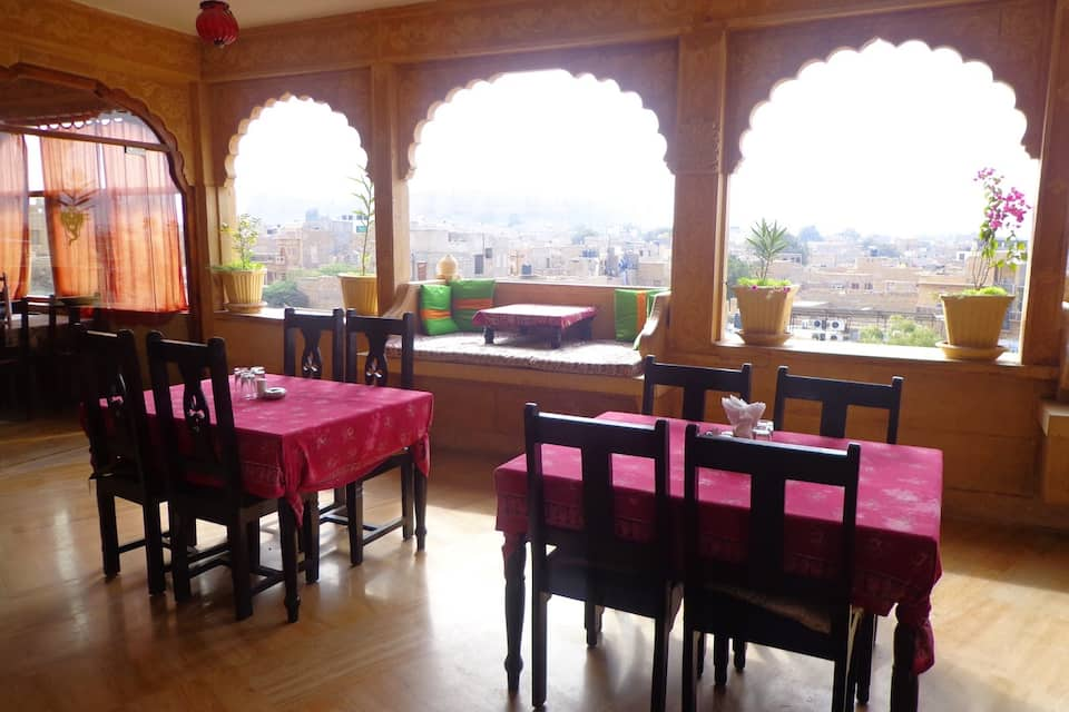 Hotel Lal Garh Fort and Palace, Kalakar Colony, Hotel Lal Garh Fort and Palace