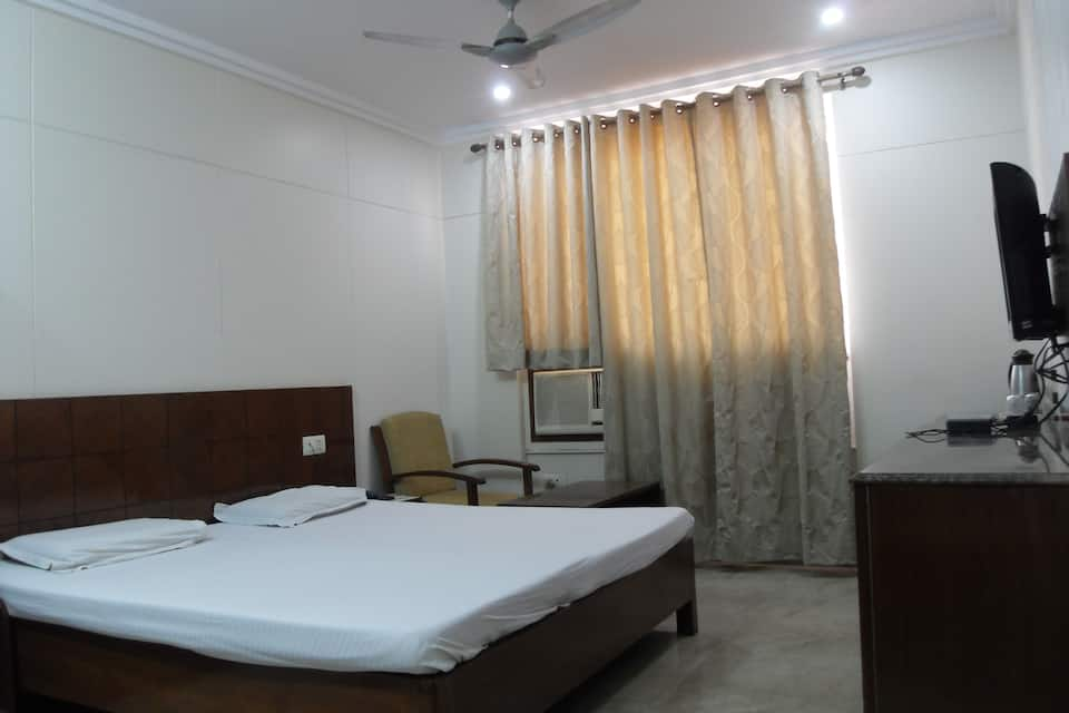 Hotel Savera Inn, Hamidia Road, Hotel Savera Inn