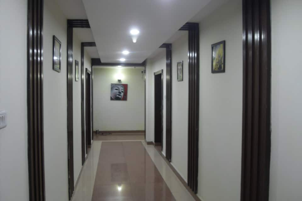Hotel Amrit, South Tukoganj, Hotel Amrit