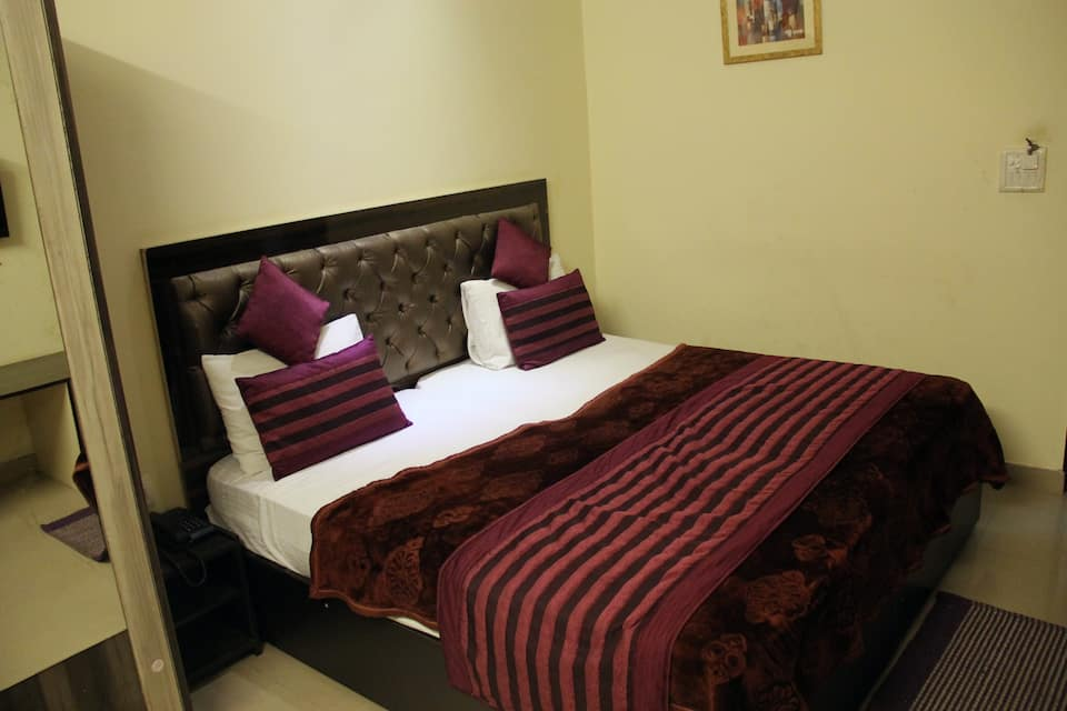 Crosswind Residency City Centre Noida, , Crosswind Residency City Centre Noida