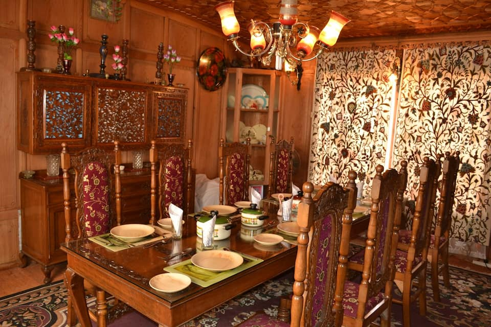 Athena Group of Houseboat, Dal Lake, Athena Group of Houseboat
