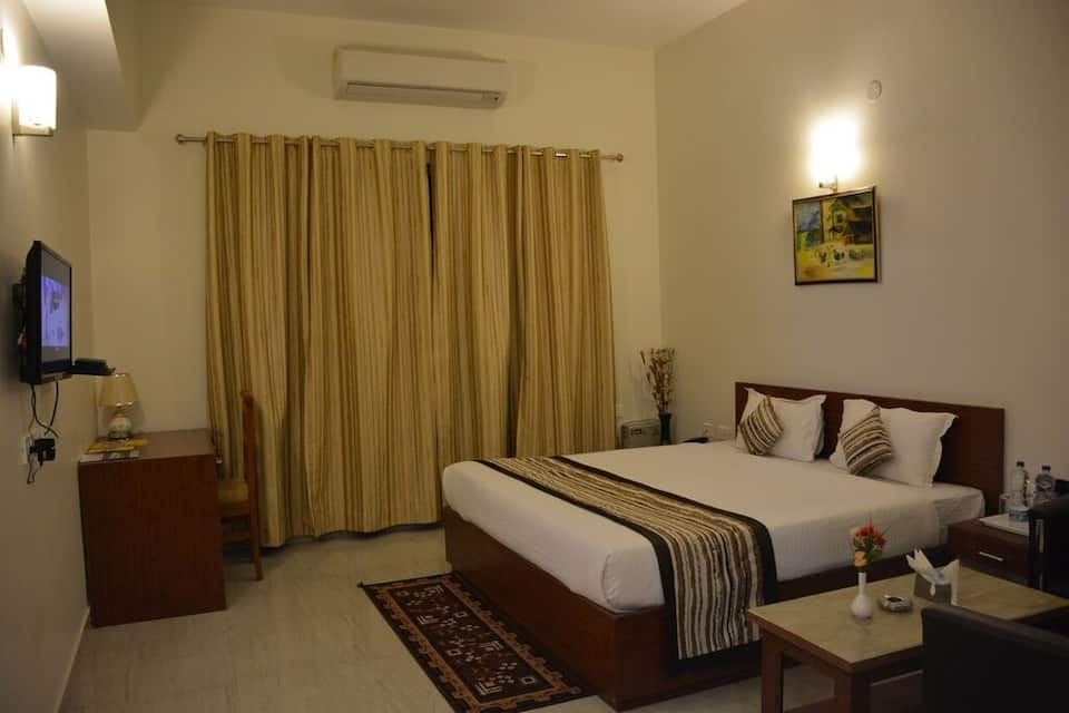 Blue Orchid Resort, Raibareli Road, Blue Orchid Resort