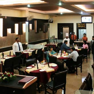 Hotel Bagga International, Jalna Road, Hotel Bagga International