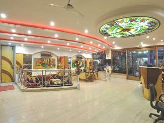 HOTEL DE HOLIDAY INTERNATIONAL, Paharganj, Hotel De Holiday International @ New Delhi Railway Station