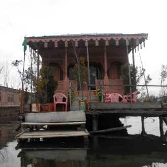 Young Sabeena Houseboat