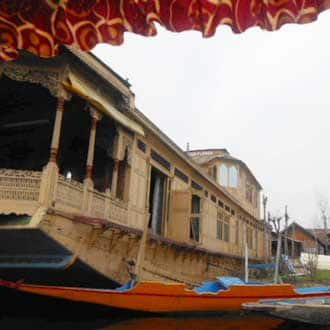 Bilqees Houseboat