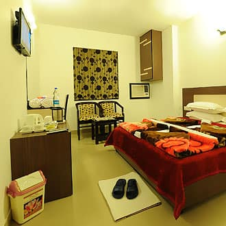 Hotel HKJ Residency, Near Golden Temple, Hotel HKJ Residency
