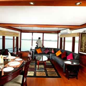 Grand Nirvana Jacuzzi Super Luxury Premium Houseboat, Finishing point, Grand Nirvana Jacuzzi Super Luxury Premium Houseboat