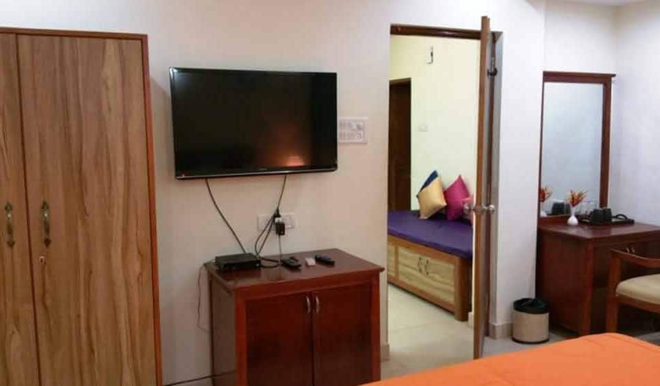 3BHK Duplex Beach Villa, North Goa, TG Stays Opposite Delfino's Candolim