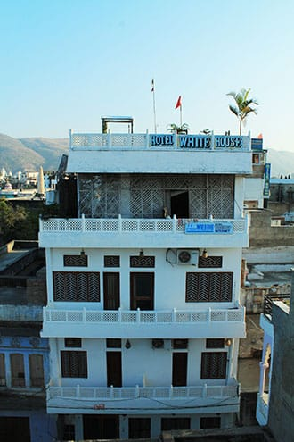 Hotel White House, Ajmer Bus Stand, Hotel White House