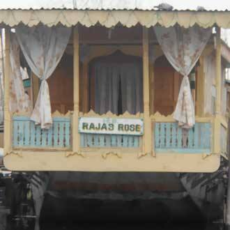 Raja's Rose Houseboat
