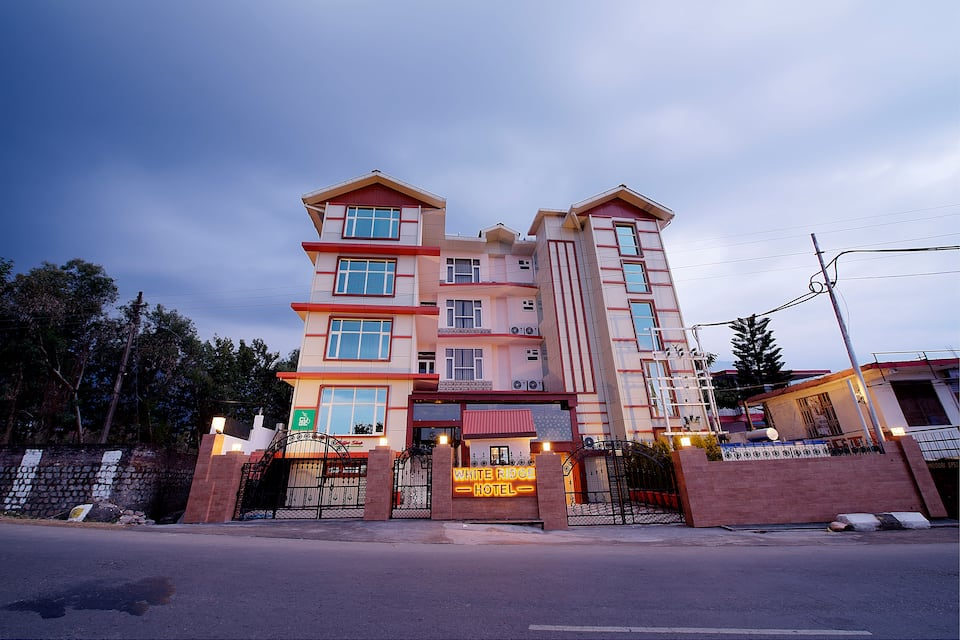 White Ridge Hotel, Sidhpur, White Ridge Hotel