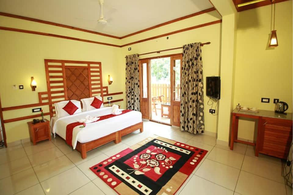Super Saver 3 Star Hotel Near Periyar Tiger Reserve, Kumily, Super Saver 3 Star Hotel Near Periyar Tiger Reserve